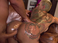 Big wet booty blonde gets huge cock in the ass. Big wet booty short haired blonde Bella Bellz with tattooed body twerking her asson the cocuh then her partner shoving huge cock in her tight ass and fucking her in various positions