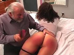 Teen BDSM ama el dolor