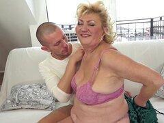 Abuela gorda bang con un Calvo follador