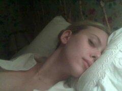 Scarlett Johansson completamente desnuda por fin coño y tetas